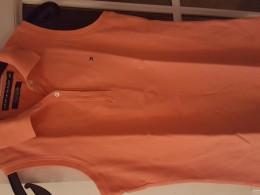 Oranžové tričko bez rukávu s limeckem