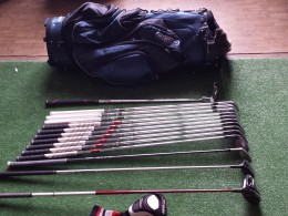golfový set TITLEIST, TAYLOR MADE