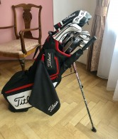 TITLEIST HOLE PRO LEVÁKY AP3 SM7 BAG WEDGE DRIVER