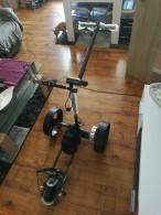Prodám *NOVÝ* Černý elektricý vozík Bat-Caddy X4, Lithiová baterie 14V/20Ah
